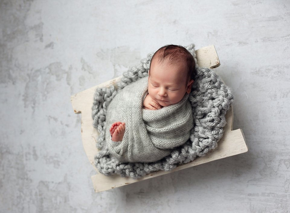 baby boy newborn photo