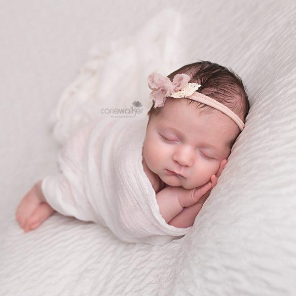 newborn baby girl photographer in ohio