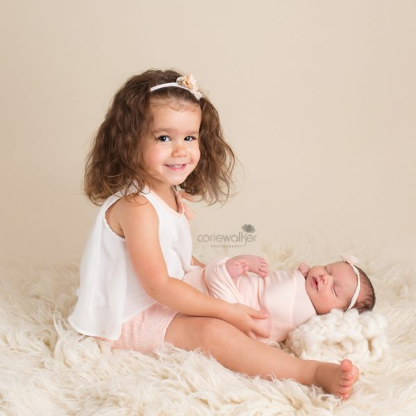 newborn and big sister photos
