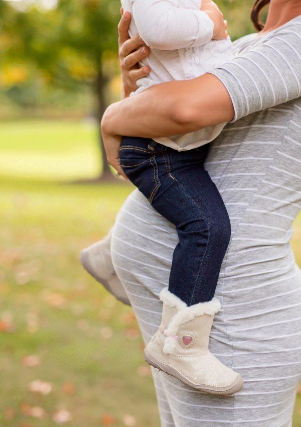 Maternity Mini Photo Session   Hudson OH