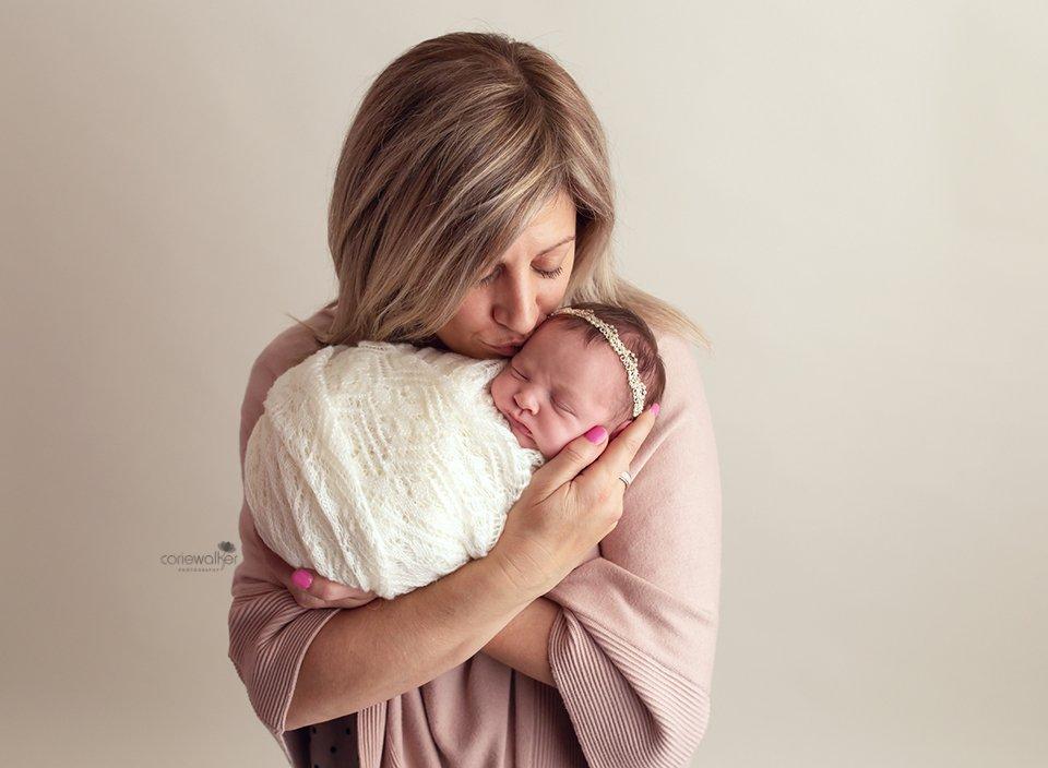 studio family newborn pictures